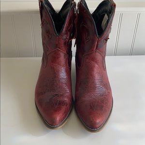 Dingo read Leather boots